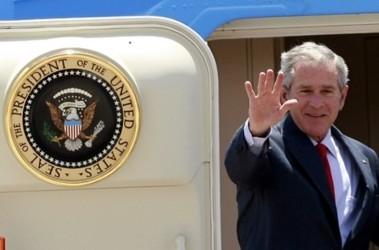 На прощанье. Джордж хочет до пенсии помирить Израиль и Палестину; фото AFP
