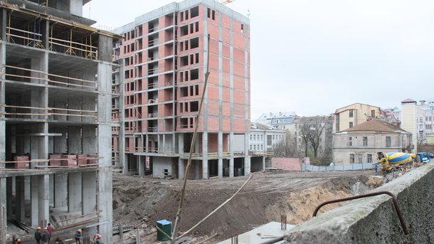 ЖК. Будівництво на місці Сінного триває вже близько двох років
