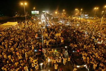 За несколько минут до взрыва Карачи встречали экс-премьера