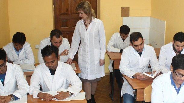 Студенты-медики будут привлекаться для помощи семейным врачам и проведения экспресс-тестов, - главный санврач Ляшко - Цензор.НЕТ 6767