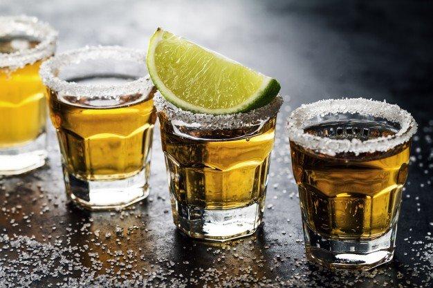 Как пить текилу Фото: freepik.com