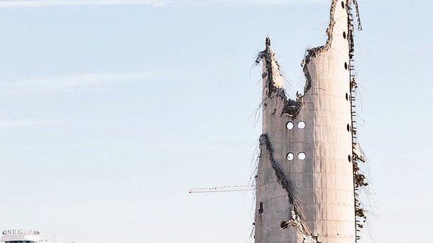 сосет так аж башню сносит