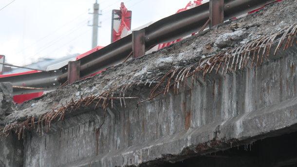 Мост давно пора реконструировать