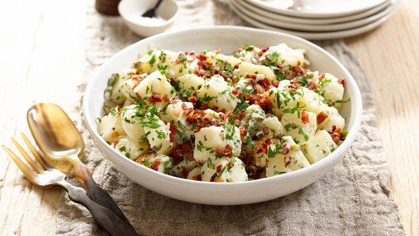 Картофельный салат с беконом Фото: taste.com.au