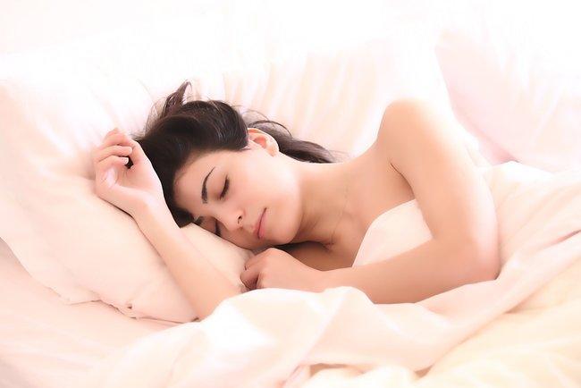 Люди будут спать меньше. Фото: pixabay