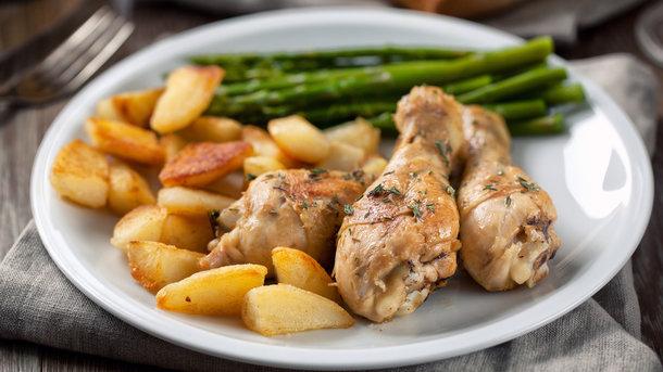 Куриные ножки в духовке Фото: depositphotos.com