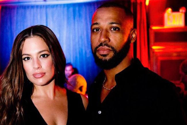 Ешлі Грем зі своїм чоловіком. Фото: instagram.com/ashleygraham