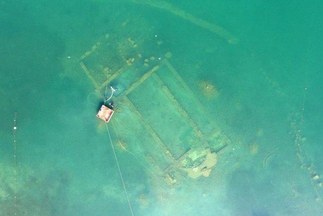 На дне озера нашли затопленную церковь. Фото: Bursa Uludağ University
