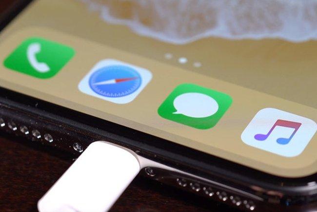 Проблема тимчасово вирішується розблокуванням екрану. Фото: The Apple Pips