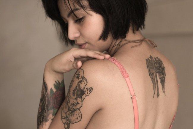 Татуировка поломала жизнь колумбийке. Фото: pixabay