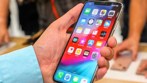 Apple iPhone стали ужасно ловить сигнал Фото: instahu.com