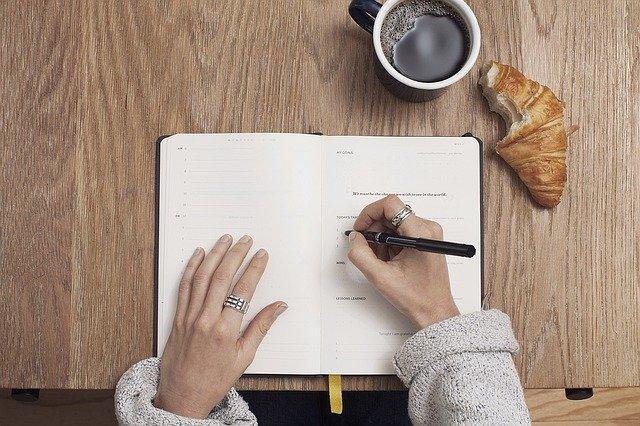 Возможно, вы давно уже хотите избавиться от привычки постоянно пить кофе - дерзайте. Фото: pixabay
