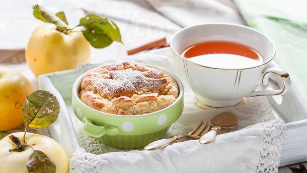 Клафути с яблоками Фото: depositphotos.com