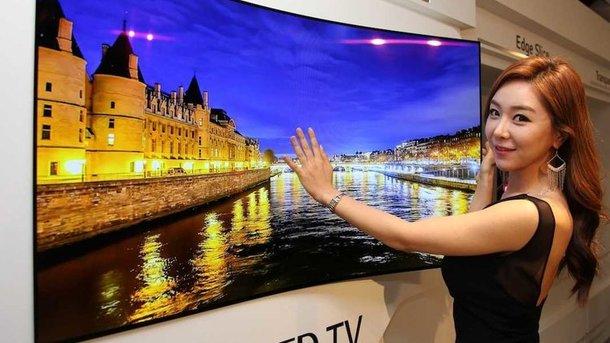 Подобные телевизоры будут почти в каждом доме в ближайшем будущем. Фото: Business Insider