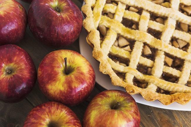 Вкусная постная выпечка с яблоками: рецепты с фото