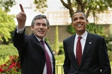 Барак Обама с премьер-министром Великобритании Гордоном Брауном. Фото АР