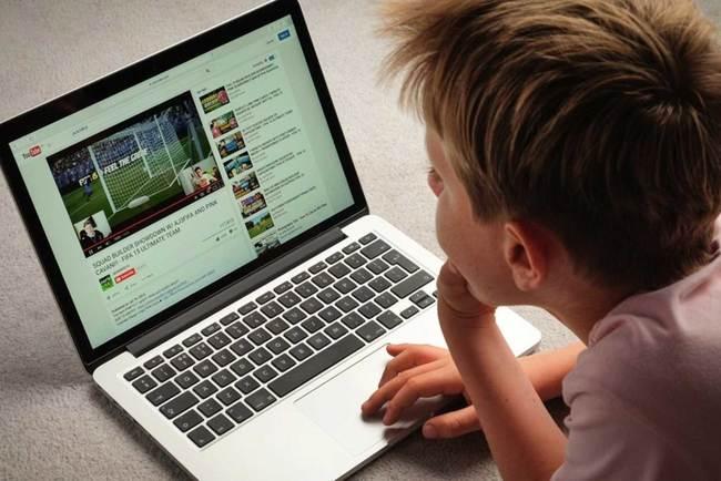Несколько полезных советов по загрузке видеороликов из YouTube. Фото: Flipboard