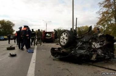 На трассе столкнулись пять авто, фото Журнал Житомира