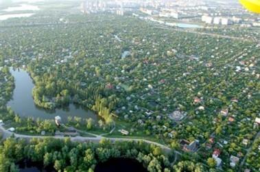 Русановские сады. Дачников здесь первыми могут лишить права на землю, чтоб построить мост. Фоот А. Яремчука
