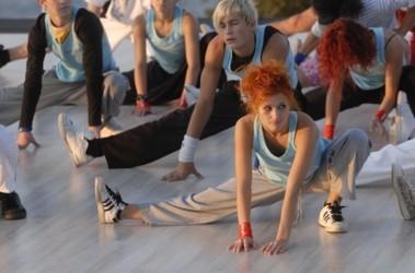 ФОТО Пресс-служба телеканала СТБ. Дончанка Катя прилетела на шоу прямо из Турции