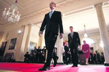 Вашингтон. Отказавшись от Луны, Обама пошел дальше думать, за счет чего сокращать дефицит бюджета. Фото АFP