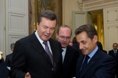 Виктор Янукович и Николя Саркози, фото пресс-службы президента