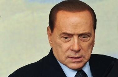 На постере о кастрации котов изобразили Берлускони ...