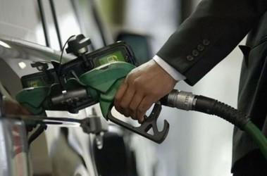 Цены на бензин пошли вверх. Фото tsn.ua