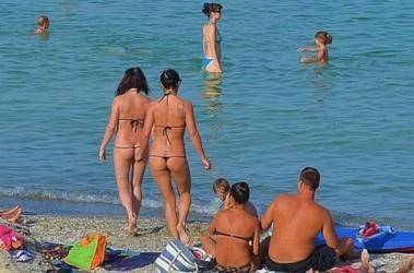 Иностранным туристам нравятся украинские девушки. Фото: puerrtto.livejournal.com