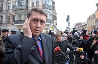 Мельниченко обнародовал записи, на которых Тимошенко обвиняется в убийстве Щербаня.Фото svit24.net