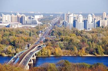 Вид на левый берег Киева. Фото с сайта kive-live.com