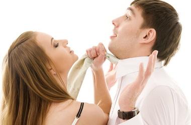 На каждую тысячу женщин приходится 830 мужчин. Фото:vmode.in.ua