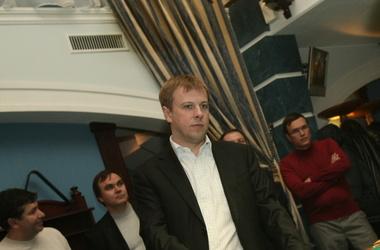 Виталий Хомутынник считает, что партии должны договориться о работе