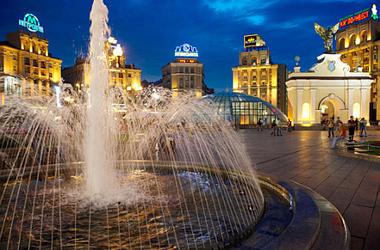 Работа всех фонтанов на главной площади Киева приостановлена.Фотоnashkiev.ua