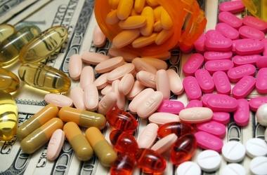 Эксперты говорят, что обезопасить себя от подделок сложно. Фото:petrushki.net