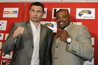 Бой Виталия Кличко и Джамиля Маклайна должен был стать разминочным для украинского боксера. Фото AFP