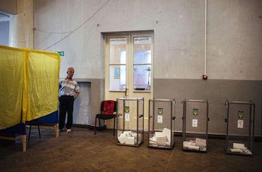 Центрвиборчком задоволений тим, як голосували в країні. Фото: AFP