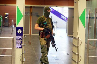 Міліціонерам Донбасу, які допомагають сепаратистам, загрожує 10 років ув'язнення. Фото: AFP