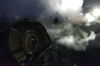 Водолазы будут помогать другим спасателям. Фото: AFP