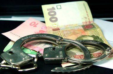 На чиновников, растративших 1,9 миллиона гривен, открыли уголовное дело. Фото: ГУ МВС в Киеве