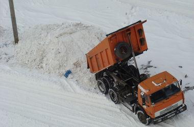 Киев закупил дополнительную технику для уборки снега и льда