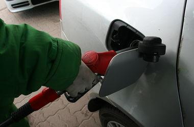 В середньому по Україні бензин коштує майже 17 грн