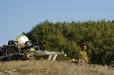 Минулу добу пройшли без жертв з боку українських військових. Фото: AFP