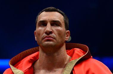 Владимир Кличко нокаутировал Пулева в пятом раунде. Фото AFP