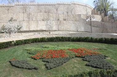 КГГА призвала иностранные представительства принять участие в обустройстве парков