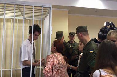 В суде. Адвокаты задержанных уверяют, что их не предупредили о дне заседания, и требуют отвода судьи. Фото из сети vk.com