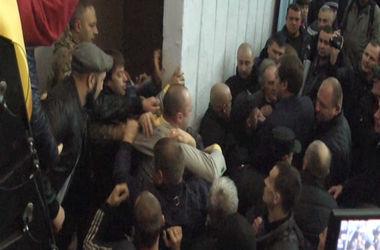 Під час засідання Мелітопольської міськради виникла бійка