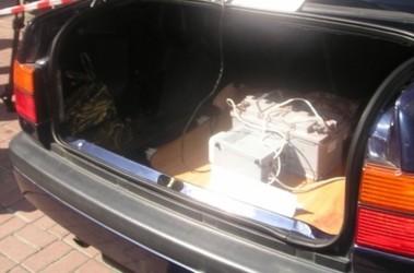 Вещдок. Комплекс был в салоне и багажнике. Фото А.Ильченко
