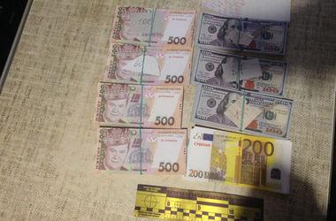 Бабушка отдала сбережения всей своей жизни. Фото: mvs.go.ua