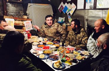 Міхеїл Саакашвілі зустрів Новий рік у бліндажі. Фото: facebook.com/SaakashviliMikheil